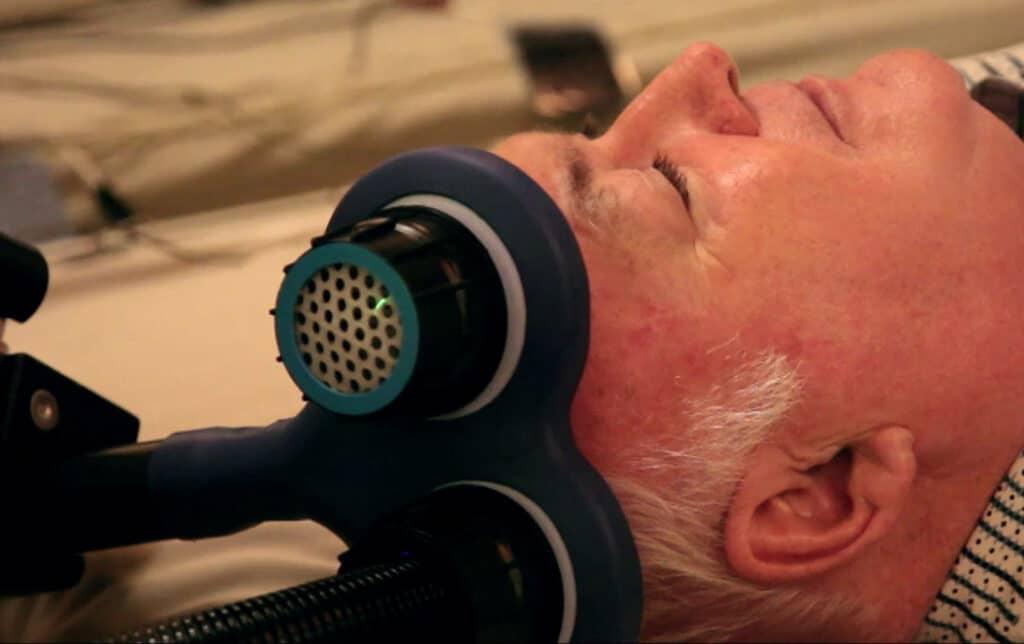 經顱磁刺激(rTMS)